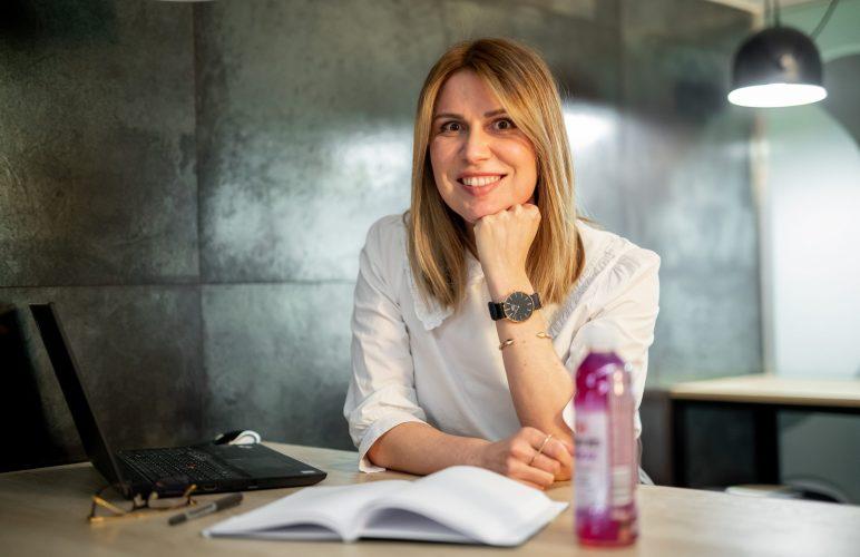 Mirjana Mandić, Specijalist za izvještavanje i planiranje